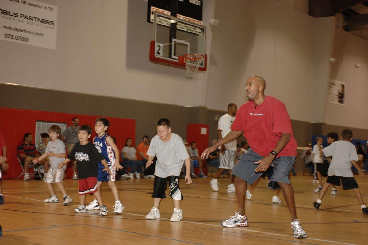 Spurs Holiday Basketball Camp