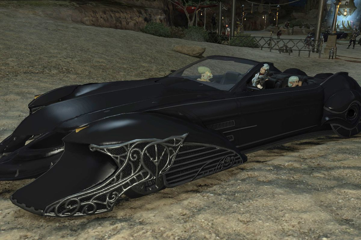 Final Fantasy 15's Regalia car is now in FF14, and