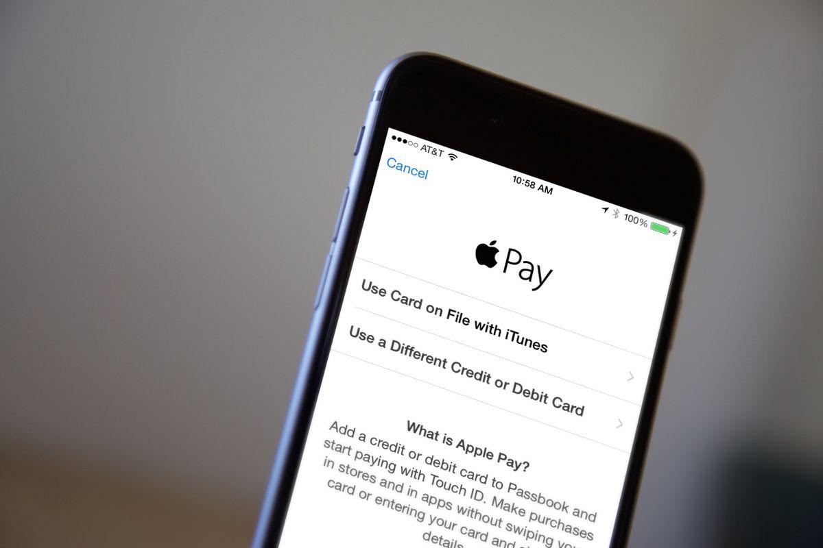 Apple Pay Review: The Re/code Bi-Coastal Team Test - Vox