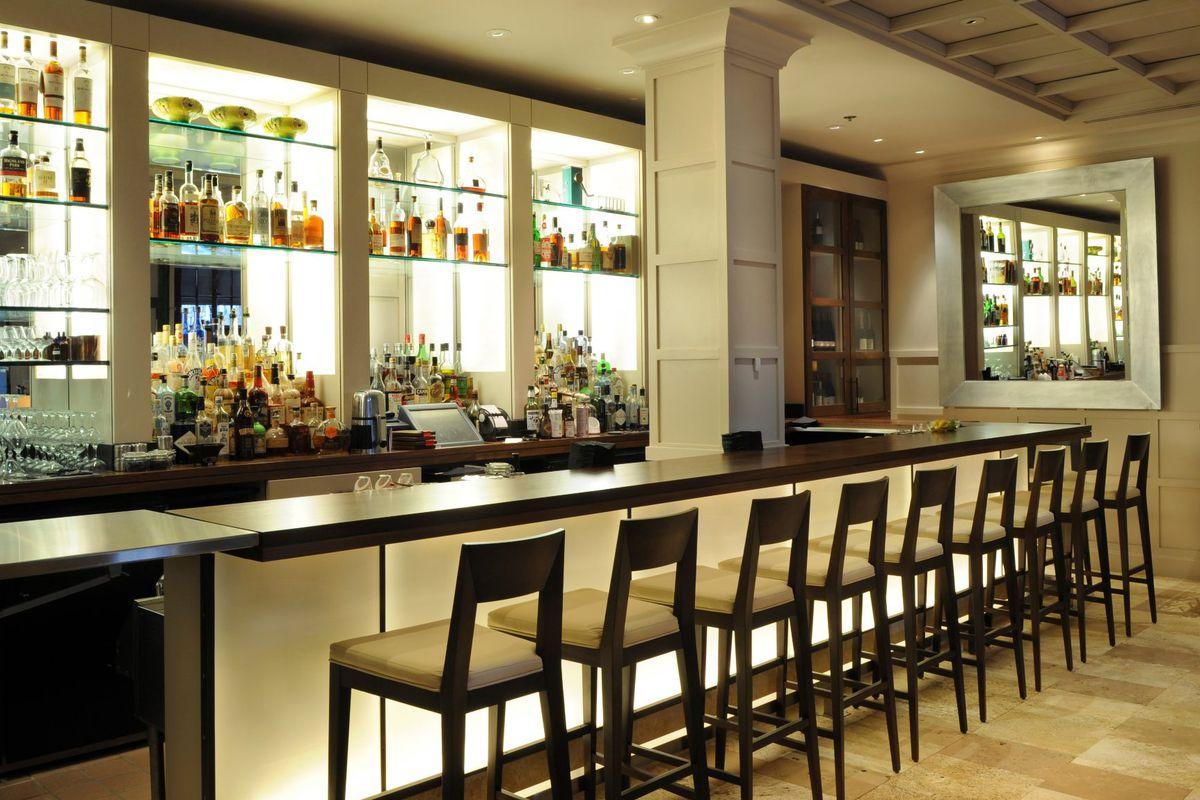 Clio's bar