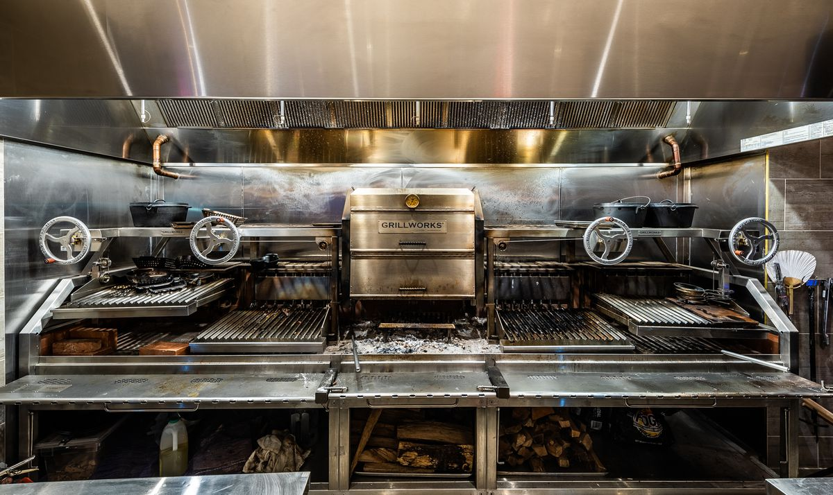 Cherry hearth wood grill