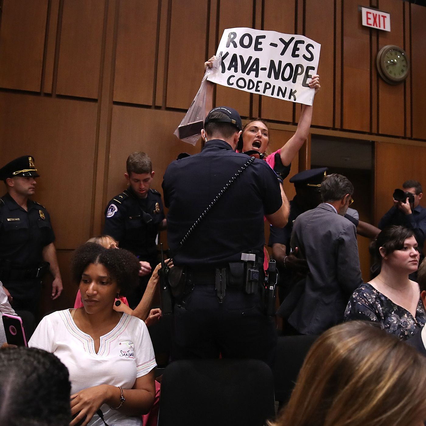 Brett Kavanaugh Confirmation Hearing Democrats Ask Grassley To Adjourn Protesters Are Removed Vox