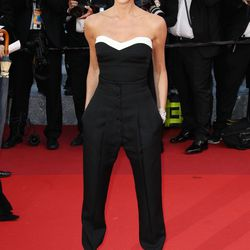 Victoria Beckham in Victoria Beckham at the premiere of 'Café Society.'