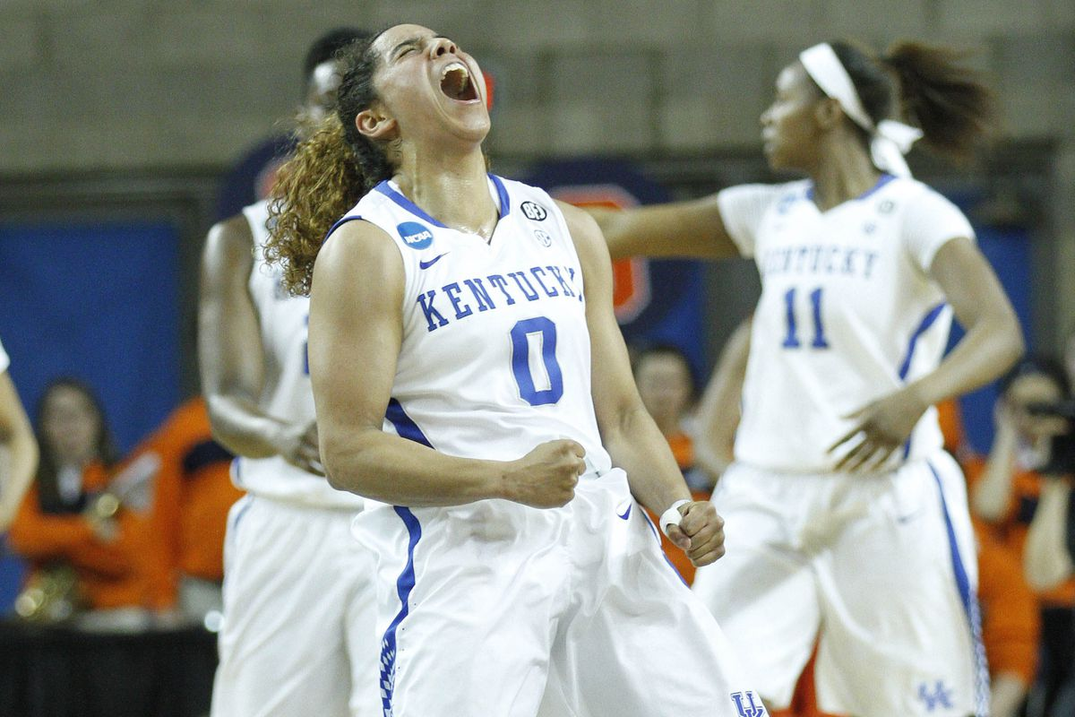 Let's remember the 2014 UK Hoops squad for giving us moments of joy like this.