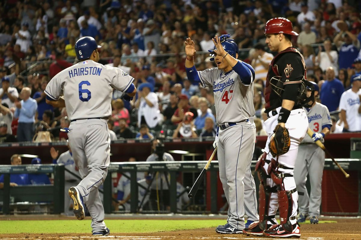 Jerry Hairston Jr. and Luis Cruz provided the bulk of the offense during the week for the struggling Dodgers.