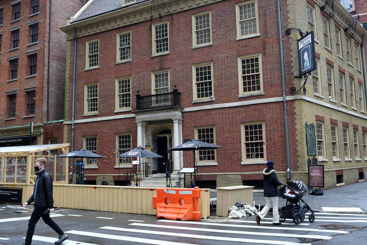Fraunces Tavern on Pearl Street in the Financial District. May 5, 2021.