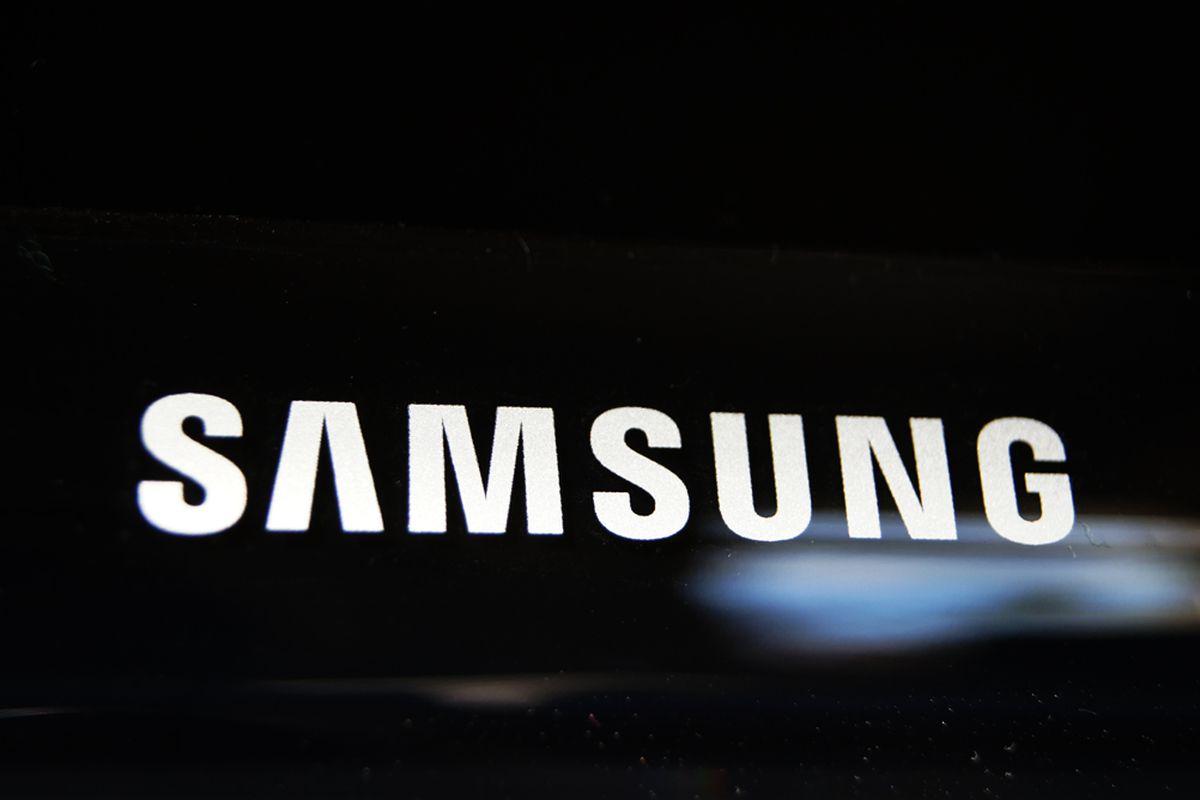 Samsung Logo 1020