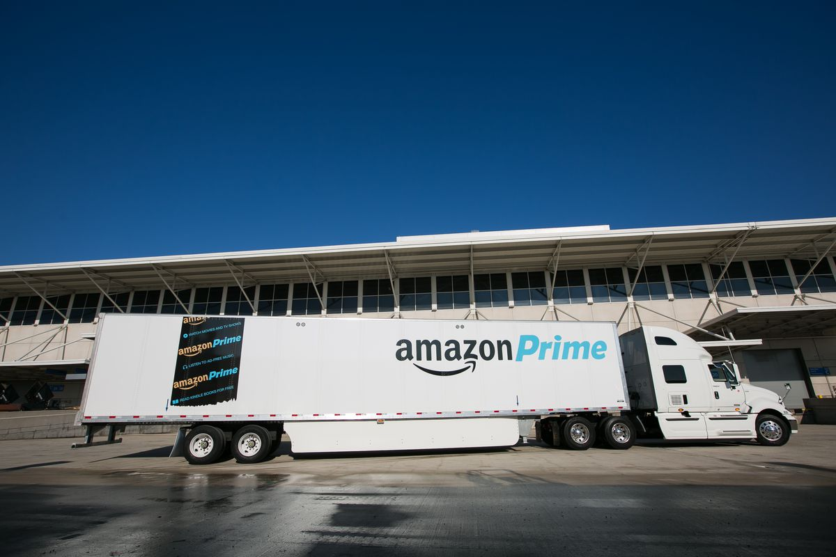 Amazon Buys Thousands of Its Own Truck Trailers as Its
