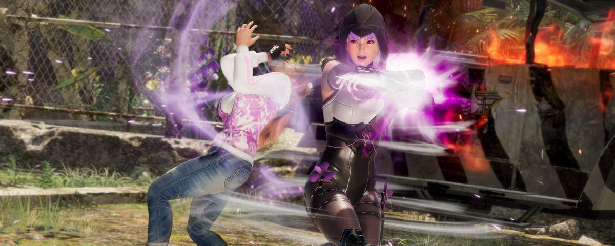 Ayane battles Honoka in a screenshot from Dead or Alive 6