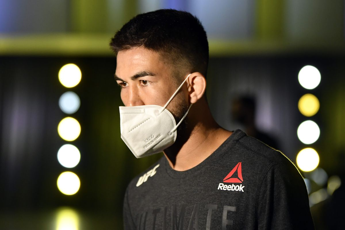 Louis Smolka prepares to fight Casey Kenney in their bantamweight fight during the UFC Fight Night event at UFC APEX on May 30, 2020 in Las Vegas, Nevada.