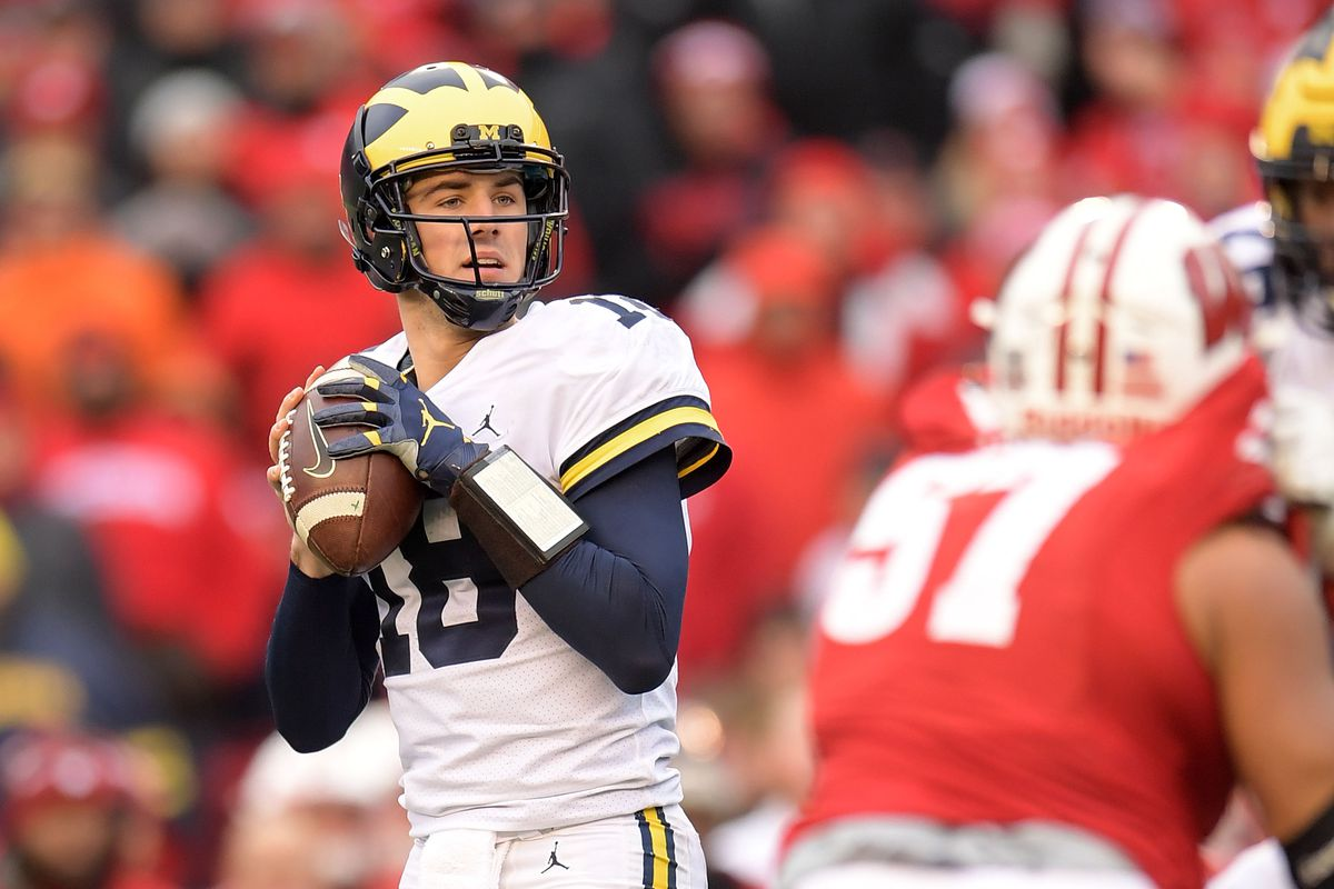 Tuesday Morning Brews: Recruiting roundup - Maize n Brew