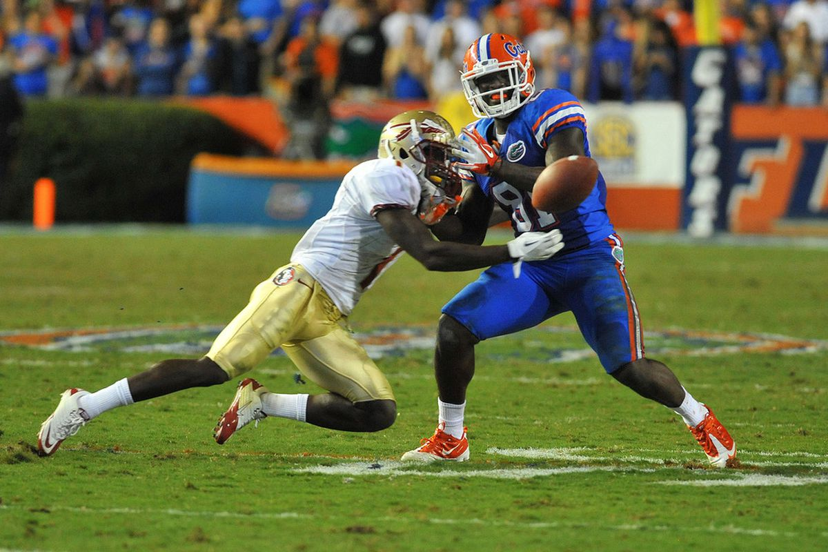 GAINESVILLE, FL - NOVEMBER 26:  Tight end A. C. Leonard #81 of the Florida Gators drops a pass against the Florida State Seminoles November 26, 2011 at Ben Hill Griffin Stadium in Gainesville, Florida.  (Photo by Al Messerschmidt/Getty Images)