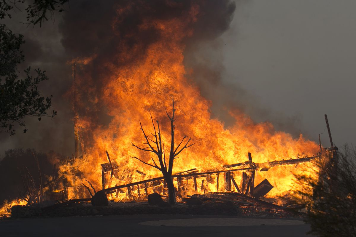 1 dead as destructive wildfires torch California wine country