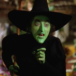 """The Wicked Witch of the West (Margaret Hamilton) in """"The Wizard of Oz."""""""