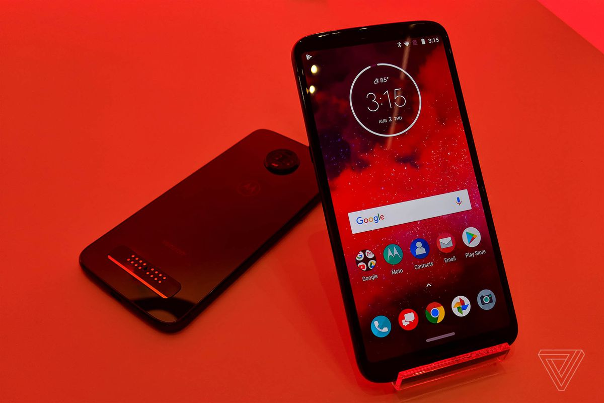 917a479a0 Motorola confirms it won t be releasing a Moto Z3 Force version this year