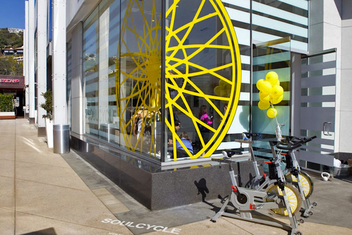 SoulCycle celebrates new studios with balloons. Lots of balloons.