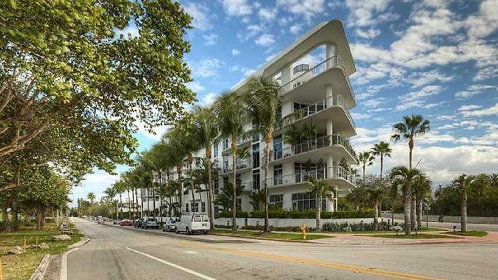 Be King Of The World In This 2m Meridian Lofts Point