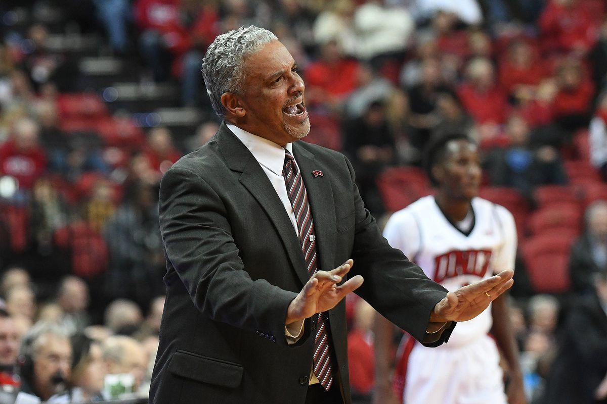 NCAA Basketball: Southern Illinois at UNLV