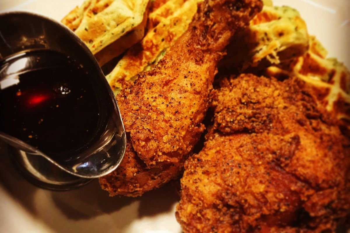 Finally: Dinette Triple Crown Is Serving Oh-So-Southern