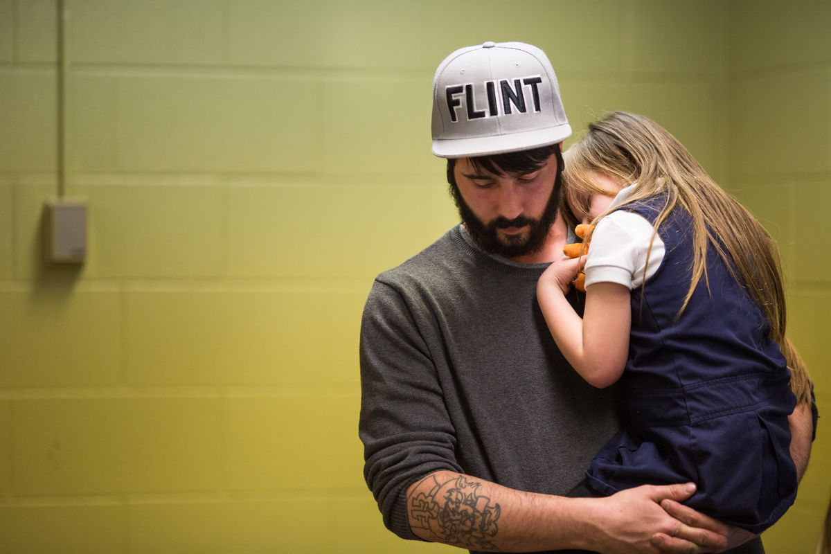 The Flint water crisis, explained - Vox