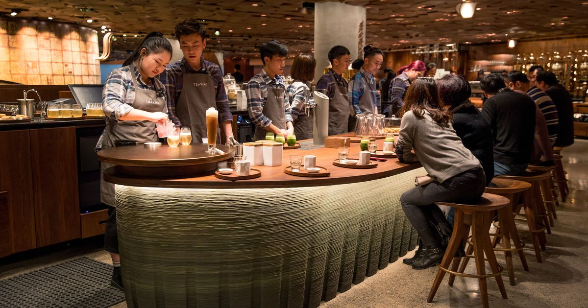 starbucks keeps it brewing in china