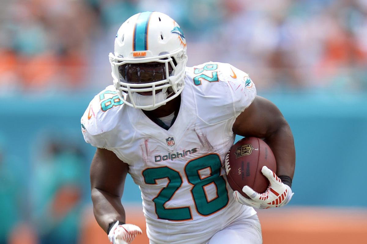 Hot Dolphins RB Knowshon Moreno out for season with ACL injury  free shipping