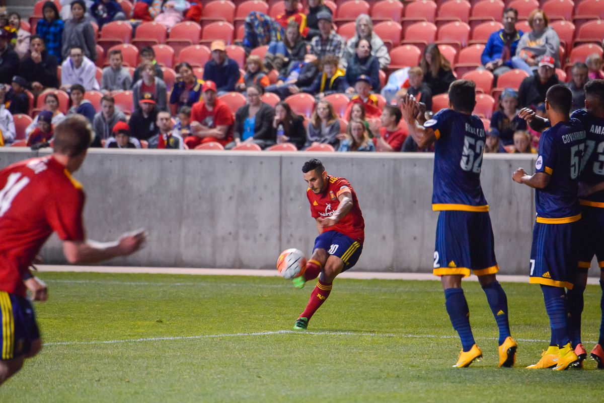 Ricardo Velazco takes a free kick from a dangerous position for Real Monarchs.