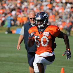Broncos ILB Zaire Anderson moves through drills at training camp.