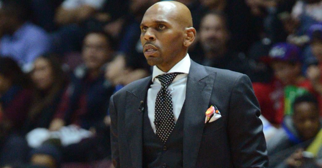 Jerry_stackhouse_iso_sideline_coaches