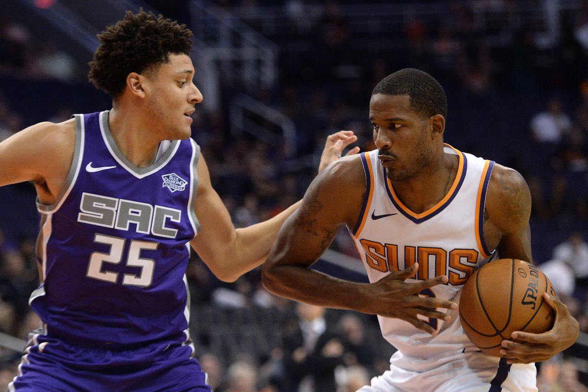 bd5dce32e1c8 The Kings should cautiously inquire into the availability of Trevor Ariza
