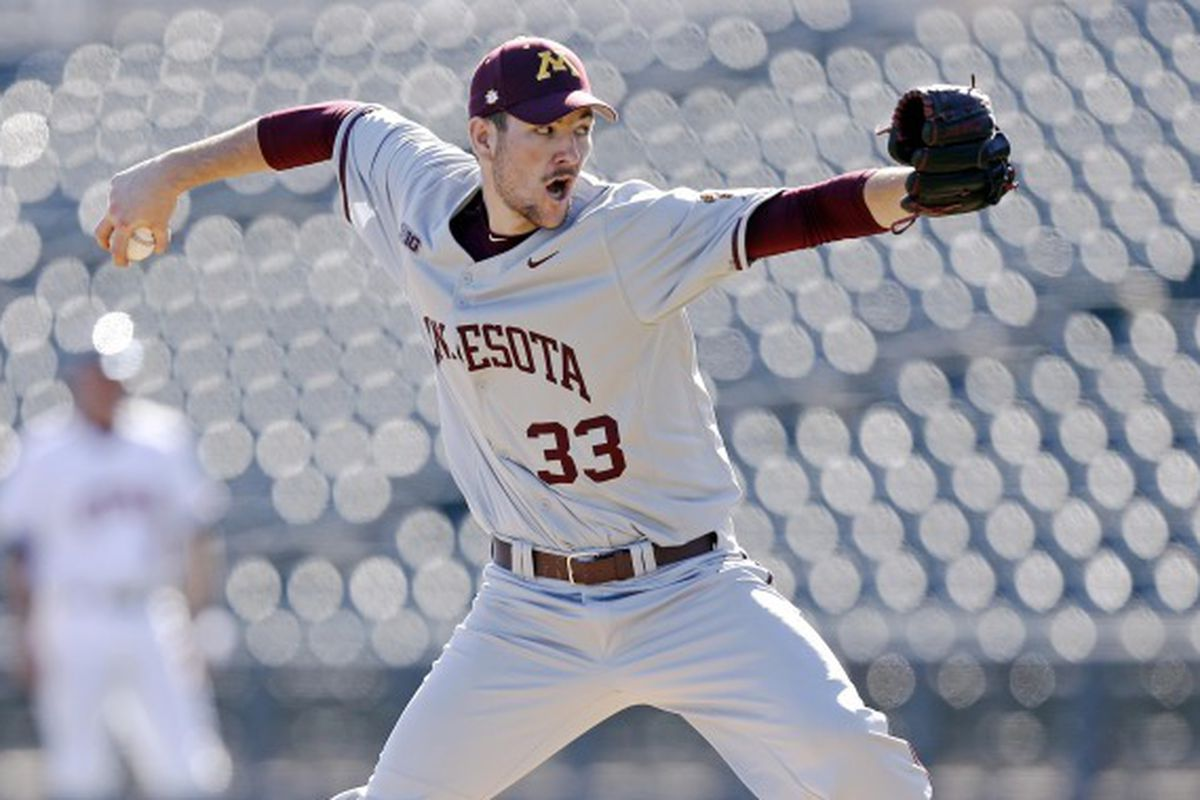 Gopher's pitcher Toby Anderson