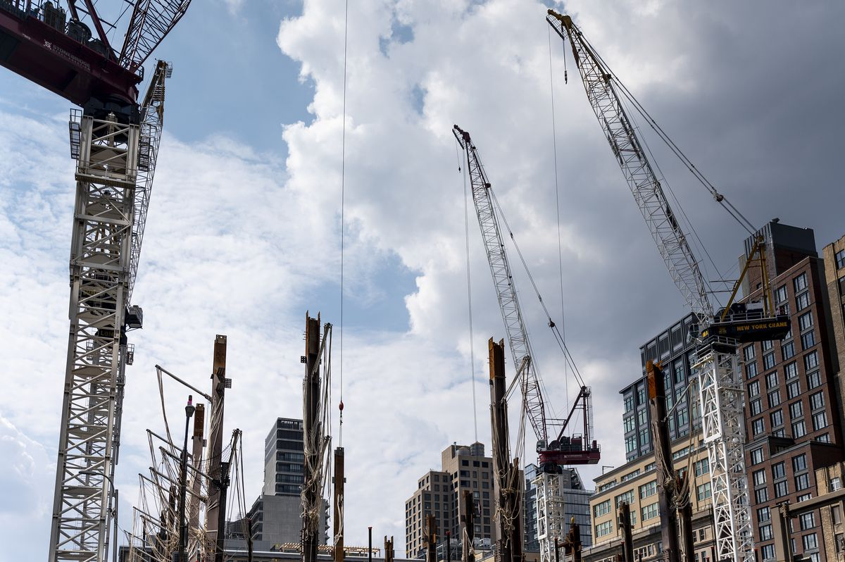 Cranes loom large over construction at 4 Hudson Square.