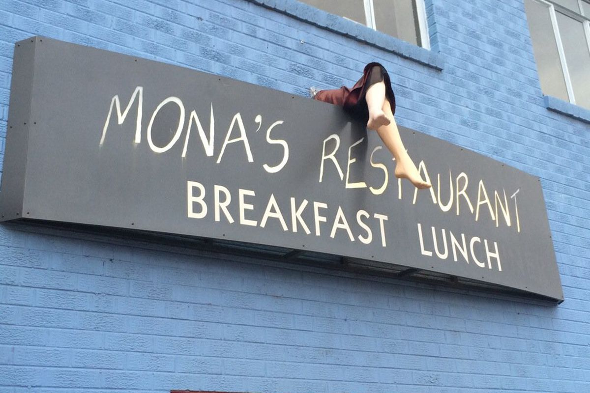 Mona's Restaurant