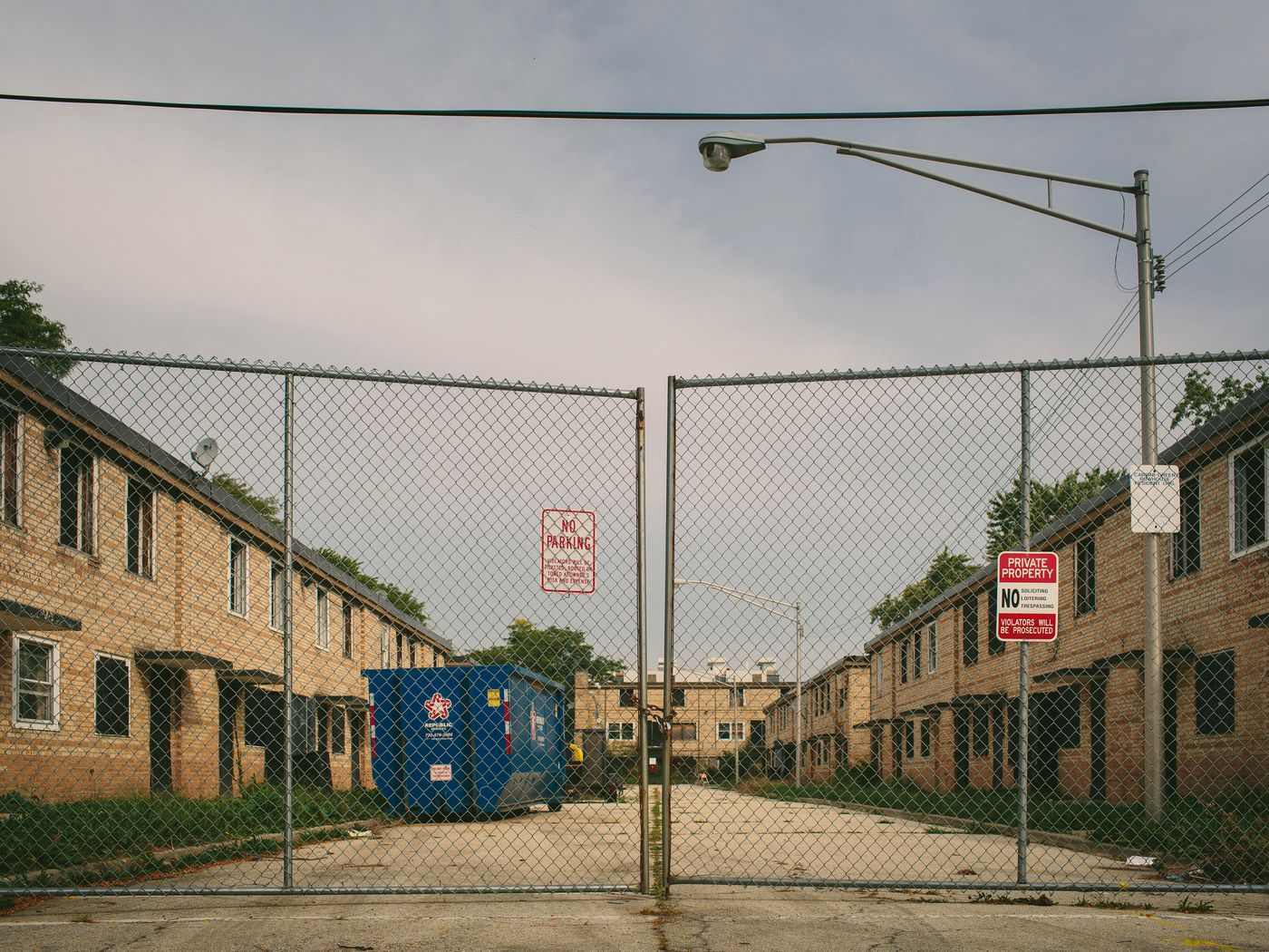 When public housing goes private - Curbed Chicago