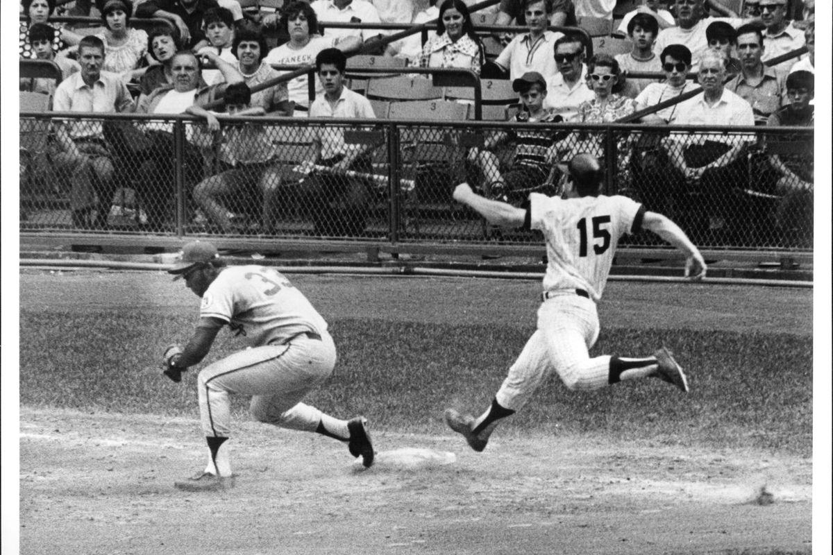 Kansas City Royals Bob Oliver & New York Yankees Thurman Munson