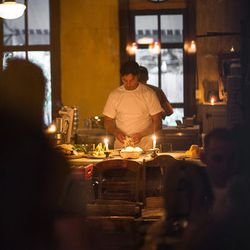 """<a href=""""http://ny.eater.com/archives/2012/12/lucali_reopening.php"""">Lucali Begins 'Soft Reopening'</a>"""
