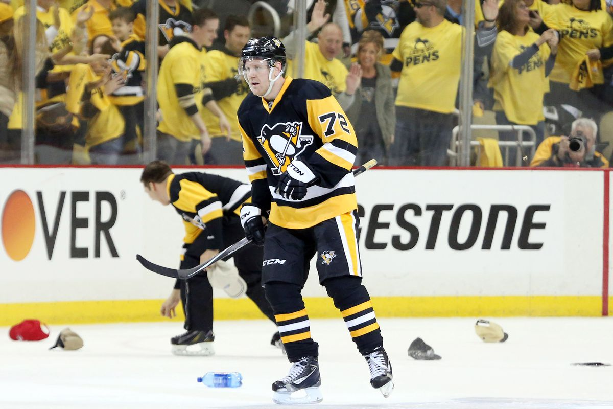 Grading the Penguins' game-day giveaways for the upcoming season