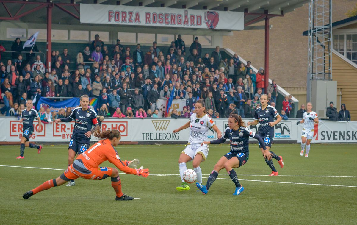 Another opportunity to score. FC Rosengård from Malmö beat...