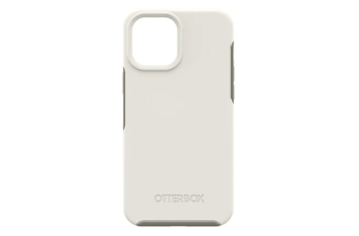 Otterbox Symmetry Series Plus cover with MagSafe