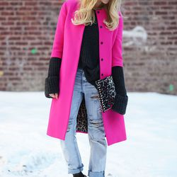 "Shea of <a href=""http://peaceloveshea.com""target=""_blank"">Peace Love Shea</a> is wearing a Dolce & Gabbana coat, a Zara sweater, a <a href=""http://www.forwardforward.com/fw/DisplayProduct.jsp?code=VENT-WY95&d=Womens&AID=10773567&PID=4441350&utm_medium=aff"