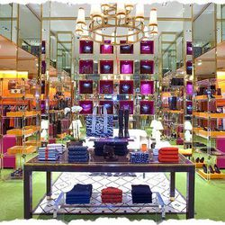 """Head over to the <strong>Forum Shops at Caesars</strong> to shop at the new <strong><a href=""""http://www.toryburch.com/"""">Tory Burch</a></strong> store that opens today. The new location is nearly three times the size across from Carmine's. [Photo: <a href="""