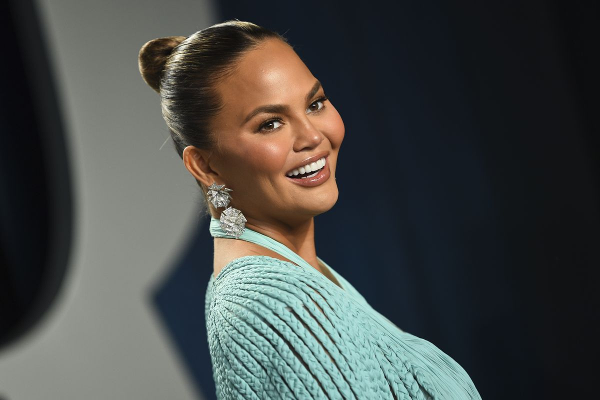 Chrissy Teigen arrives at the Vanity Fair Oscar Party in Beverly Hills, California, in 2020.