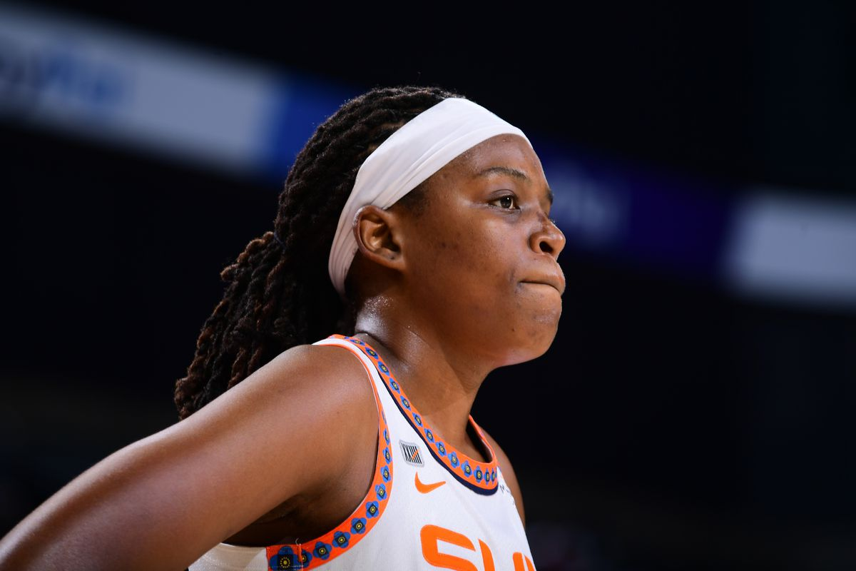 Jonquel Jones #35 of the Connecticut Sun looks on during the game against the Phoenix Mercury on September 11, 2021 at Footprint Center in Phoenix, Arizona.