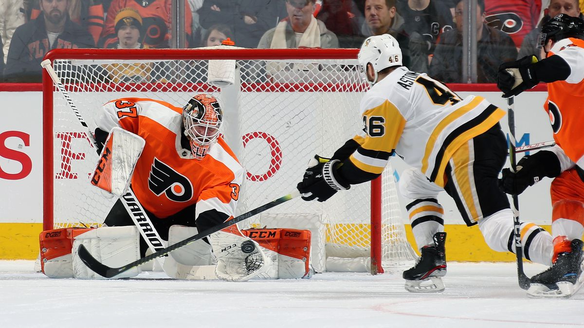 Pittsburgh Penguins v Philadelphia Flyers