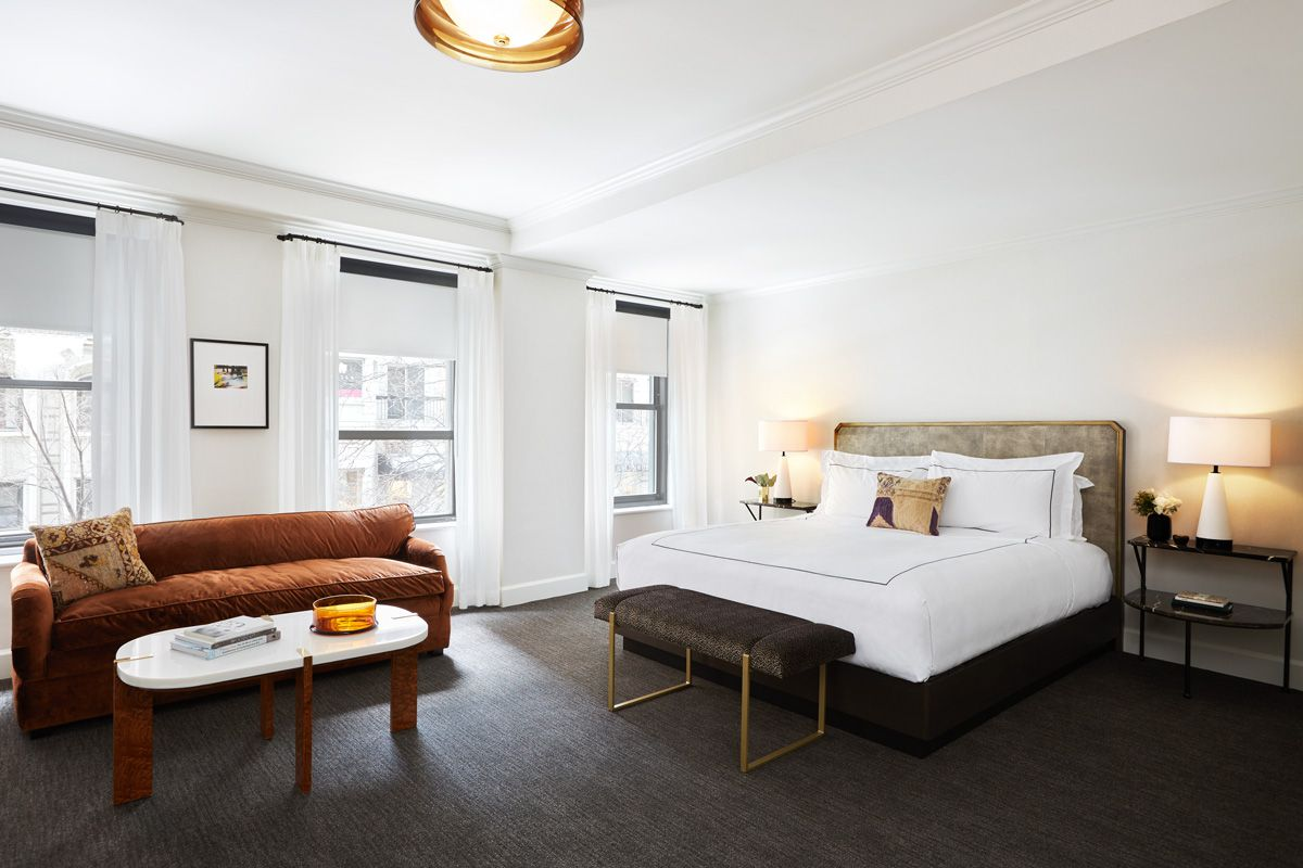 An early look inside Chicago\'s newly remodeled Talbott Hotel ...