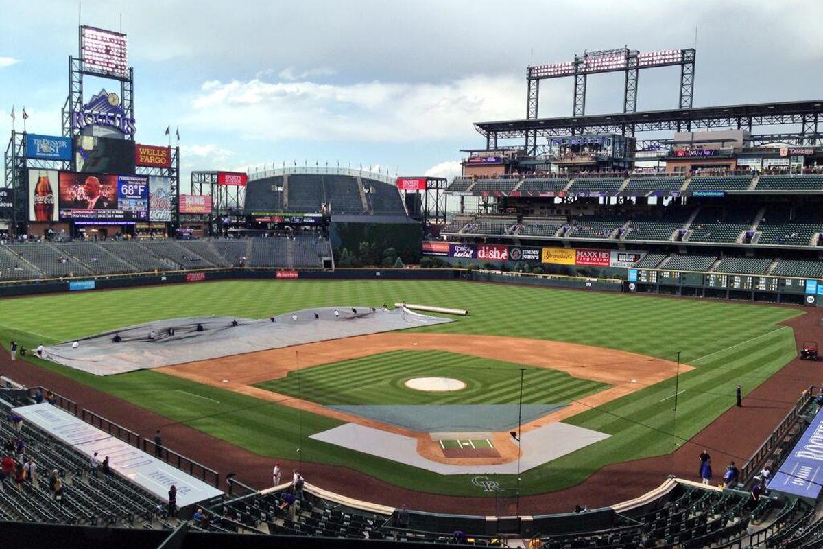 akin' up the tarp. Let's play ball at 540 @AZSports