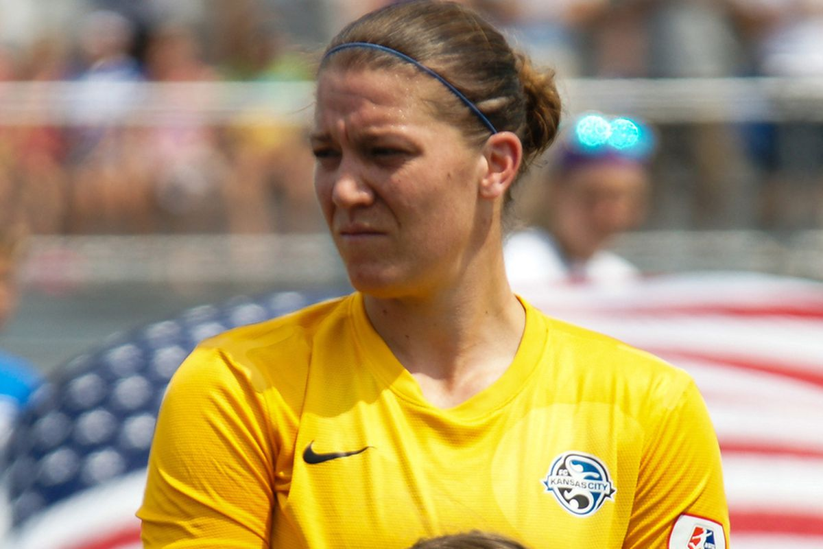 Nicole Barnhart will be the number 1 in goal again this season