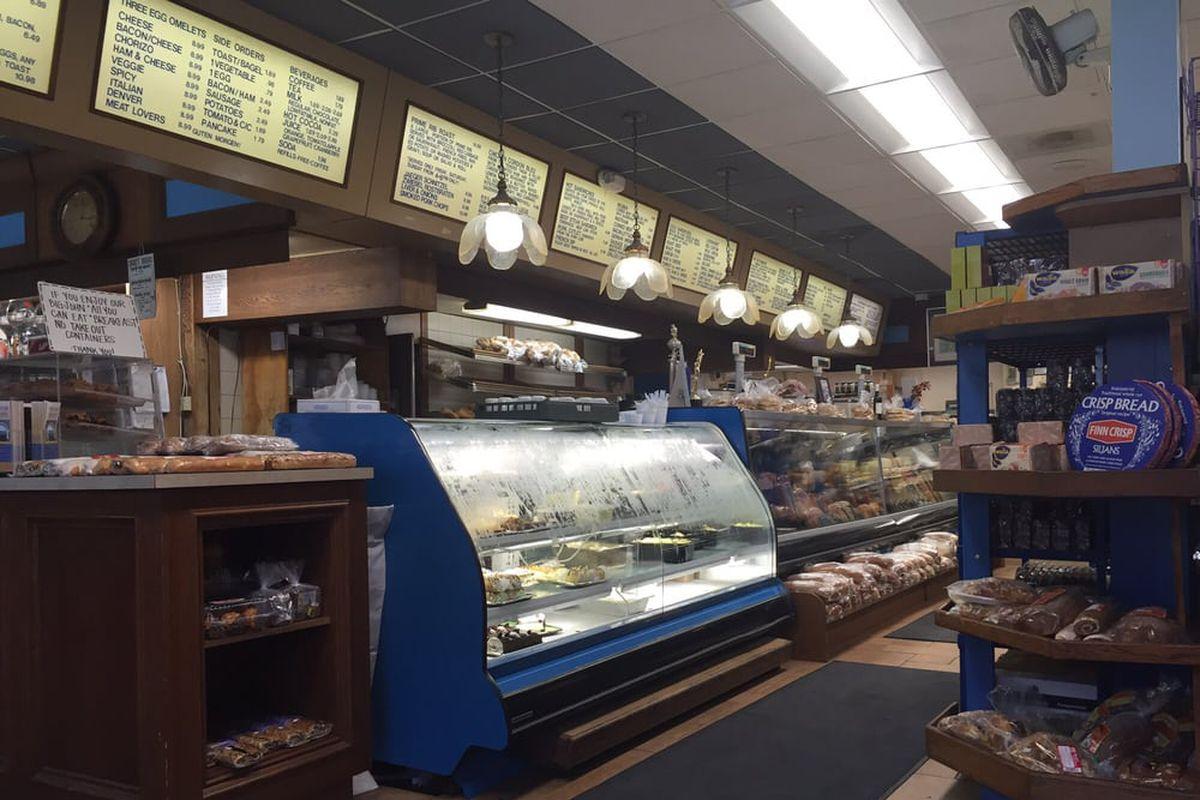 Carlsbad s tip top meats opening adjacent seafood market for Fish market restaurant san diego