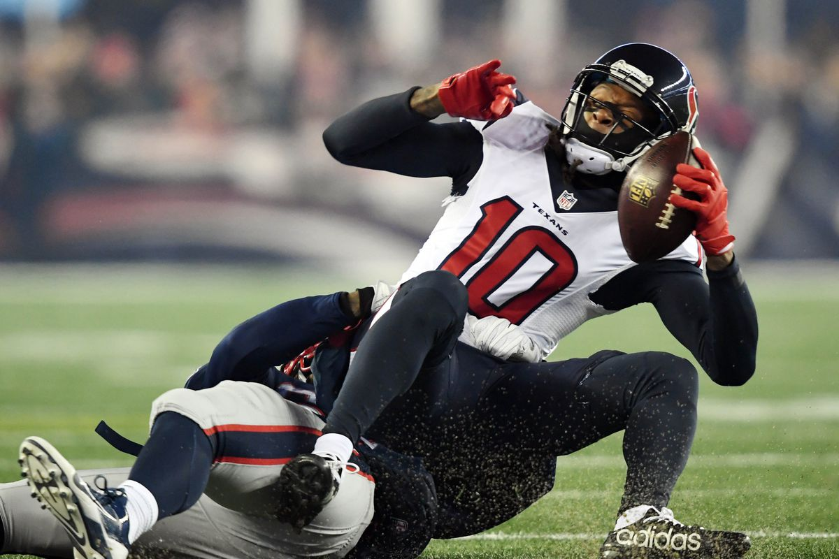 Texans Sign DeAndre Hopkins to 5-Year Extension With $49 Million Guaranteed