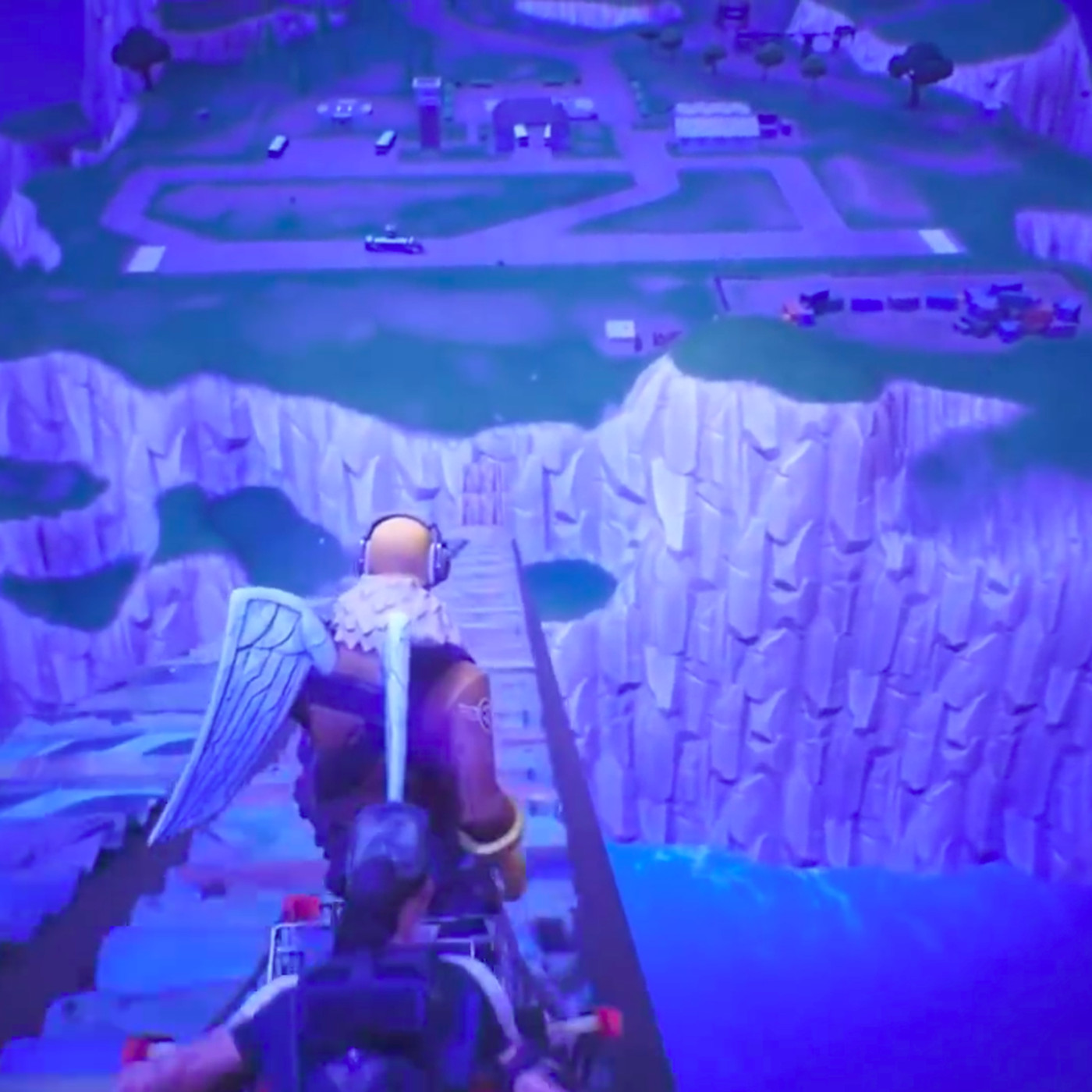 fortnite player uses shopping cart to reach mythical spawn island - fortnite see yourself out quest